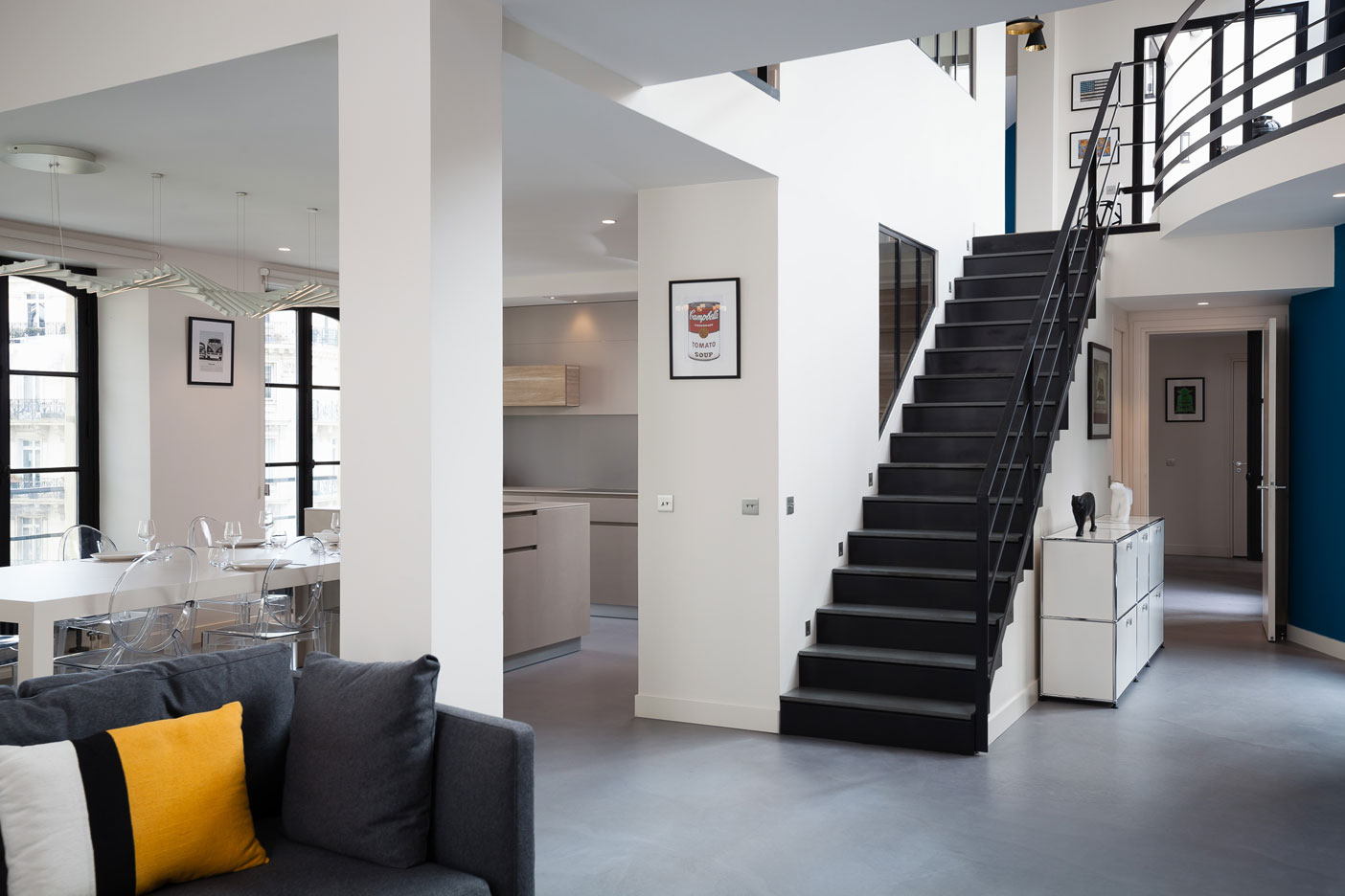 sea-paris-01-03-escalier-beton